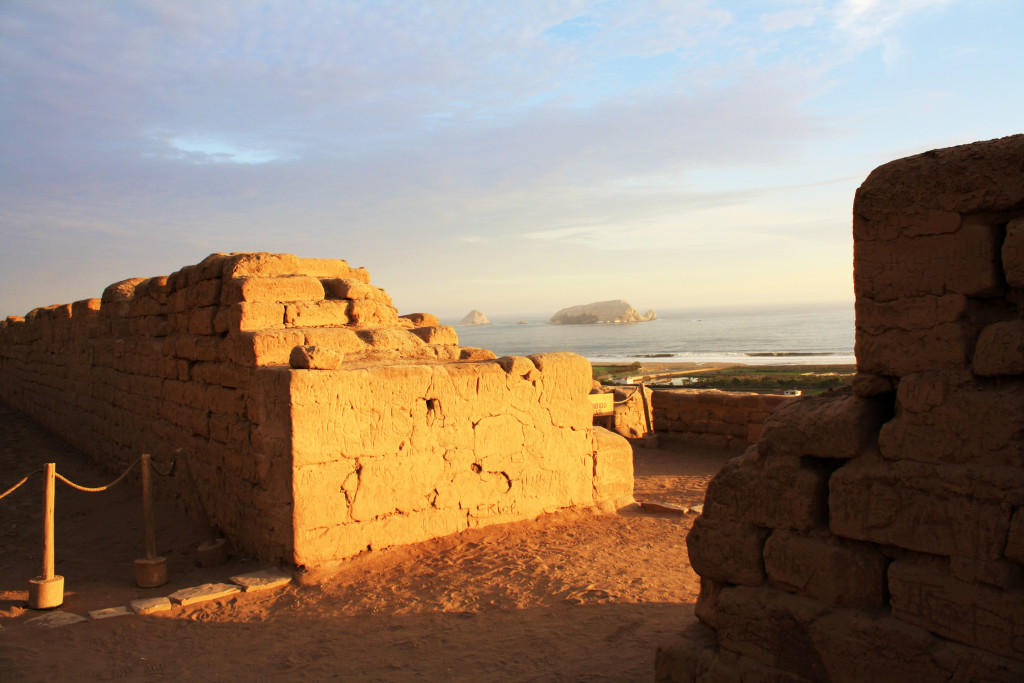 Vista del mar desde el Templo del Sol