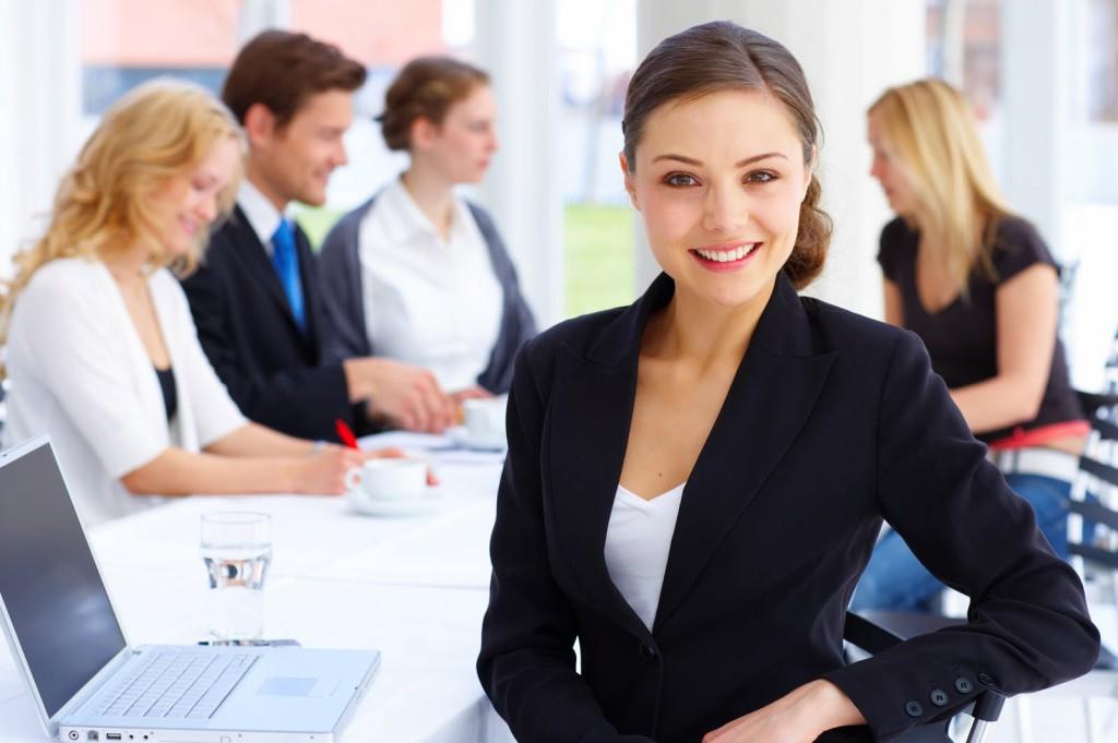 ejecutivos_emprendedores_empresa_negocios_oficina_despacho_empresaria_ejecutiva