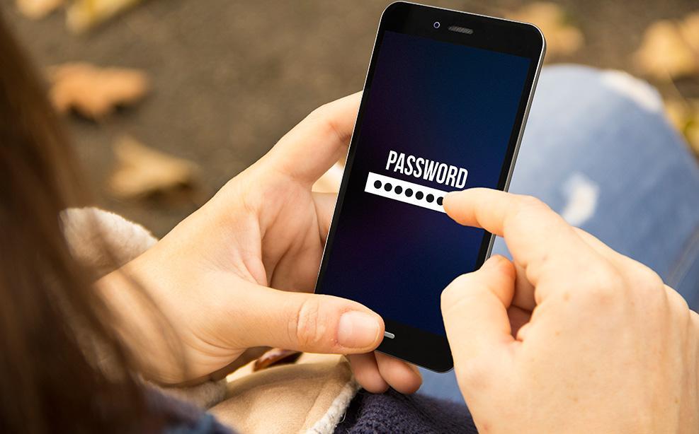 c938c428b0b La última actualización 10.3 para iOS corrige una brecha de seguridad grave  que podía ceder el control de un iPhone a través de un código malicioso ...