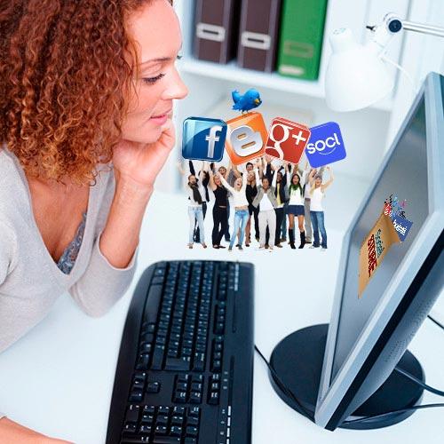Community-Manager-Redes-Sociales-Social-Media-Empresa-Servicio-Cliente