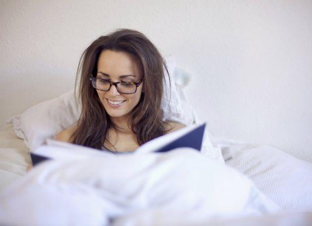 almohadas-para-leer-en-la-cama