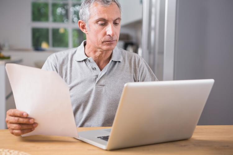 escribir-curriculum-para-mayores-de-40-anos