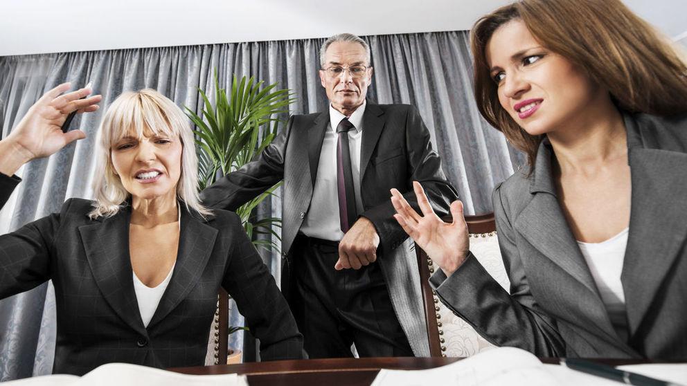 las-9-senales-de-que-tus-companeros-de-trabajo-te-odian-y-no-lo-sabes