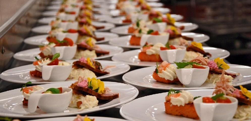 Ideas-de-negocios-el-catering-994x480