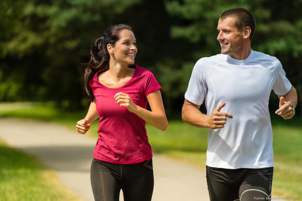 practicar-deporte-pareja