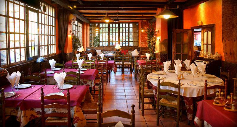 Gana dinero pasos para abrir un restaurante emprendedorestv for Crear restaurante