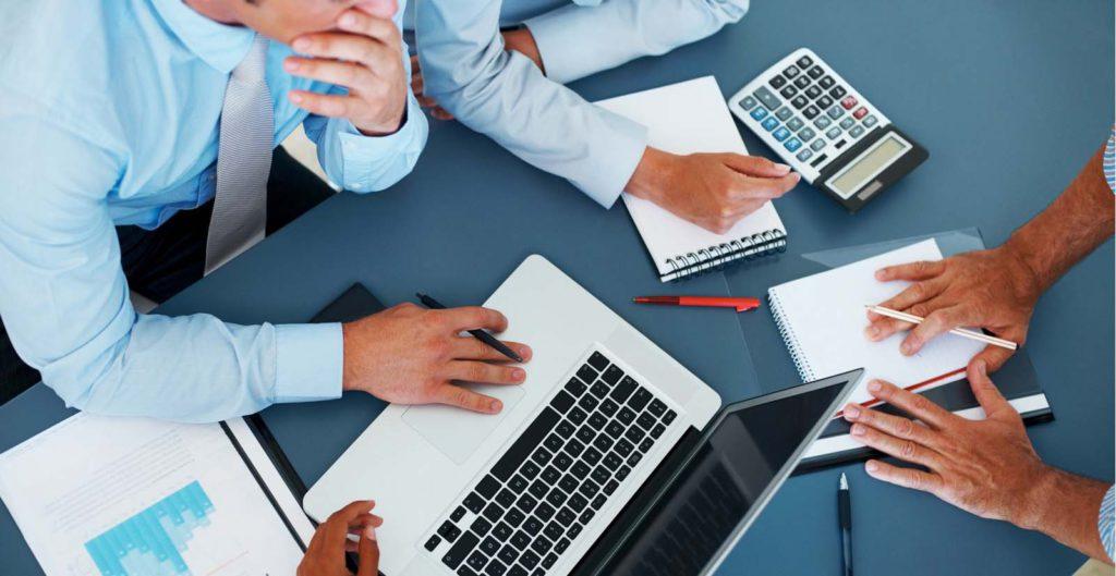 premium selection 6767b 48192 5. Poner en marcha  Todo lo anterior no servirá de nada si no te buscas  posibles inversores y clientes con los que puedas dar vida al negocio.