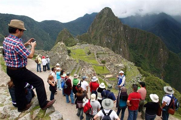 Fiestas Patrias: Se movilizarán más de 1,4 millones de turistas