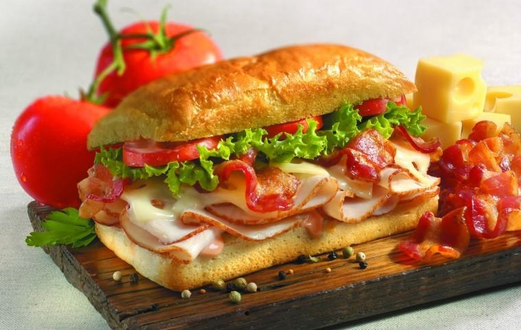 Emprendedor: Conoce el plan de negocios de sandwichería