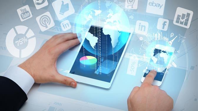 Plataformas digitales esenciales para conseguir empleo