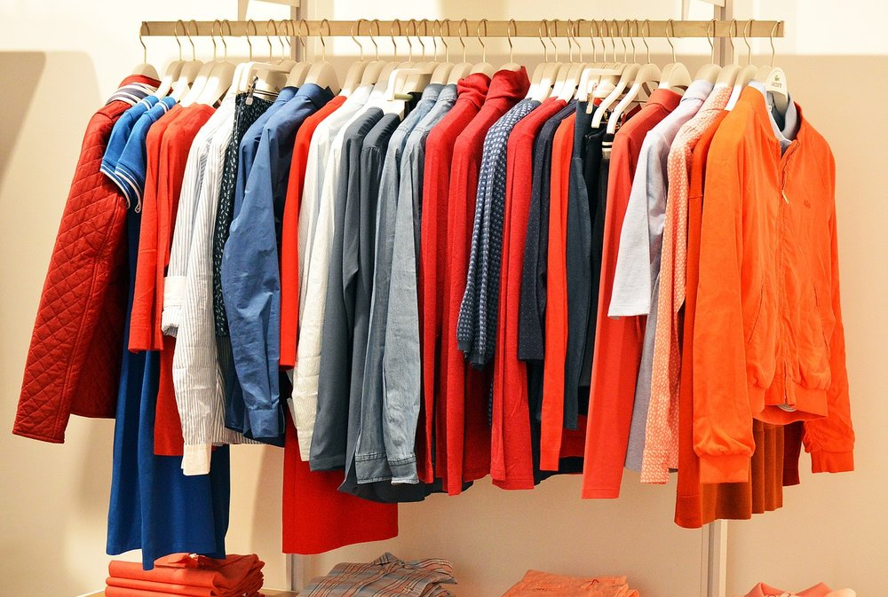 Conoce alternativas para vender ropa por Internet