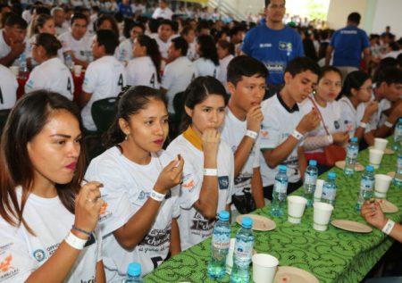 Ucayali: Nuevo récord Guinness por degustación de chocolate