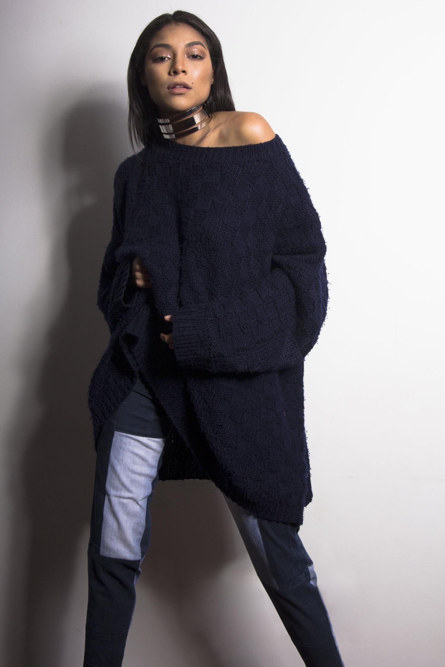 Diseñadora de moda aplica técnicas ancestrales