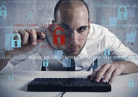 ¿Cuál es la estrategia para evitar robo de información?
