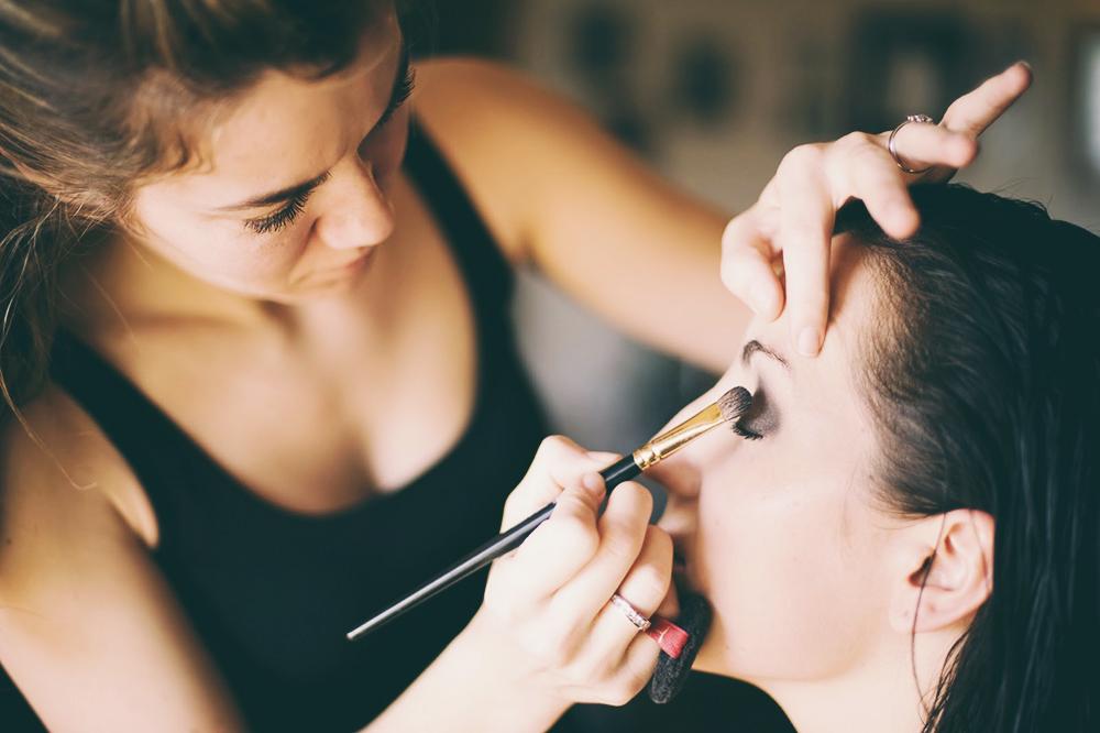 Halloween: Gana dinero con maquillaje artístico
