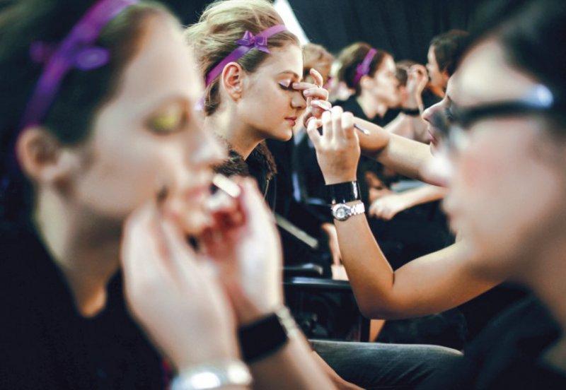 Gana dinero con la venta online de cosméticos