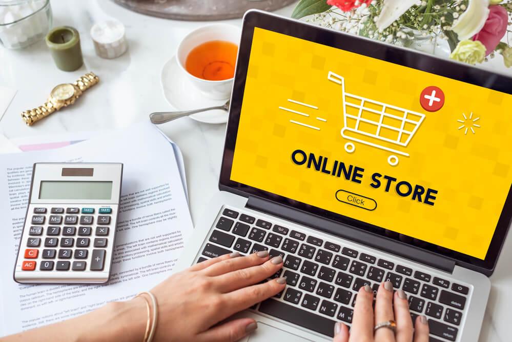 Negocio exitoso: Tips para vender ropa por Internet