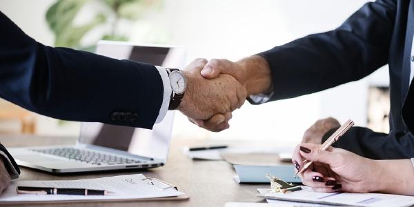 Si emprendes un negocio:¿Persona Natural o Jurídica?