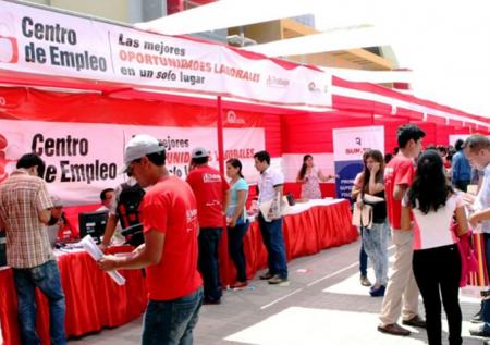 Feria laboral ofrece 1 200 empleos