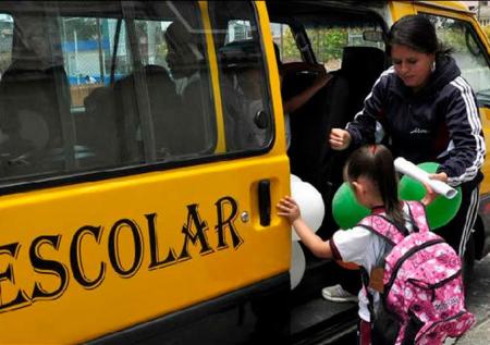 Gana dinero: inicia un negocio de movilidad escolar