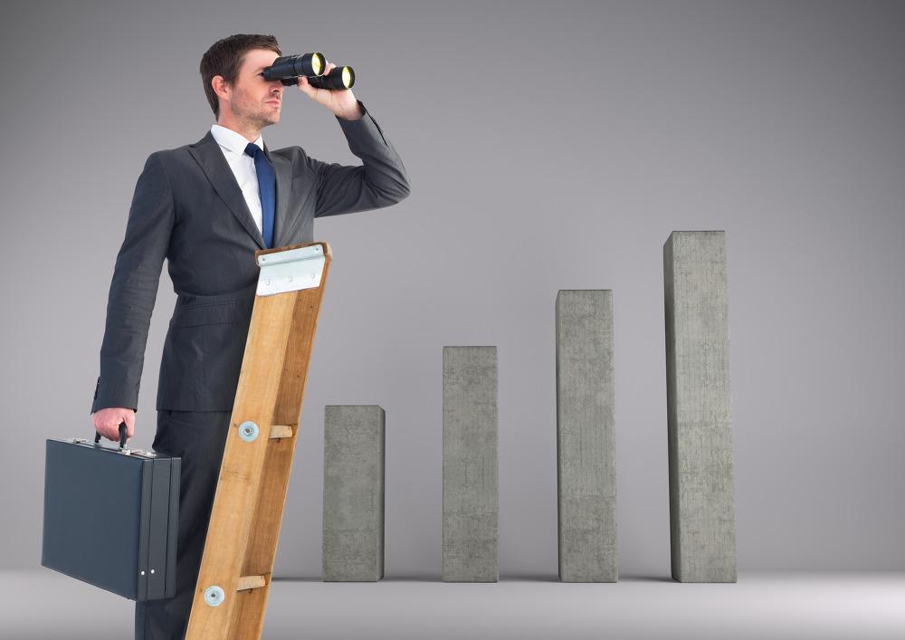 Conoce 4 estrategias para vigilar la competencia