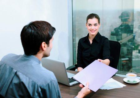 ¿Cómo conseguir empleo sin experiencia laboral?