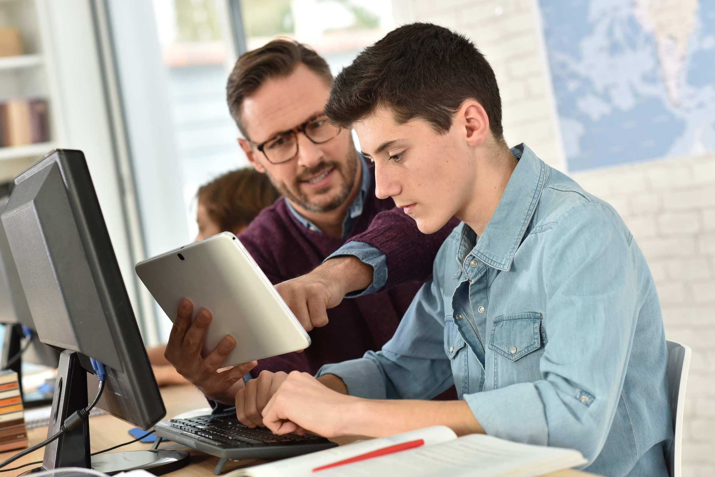 4 Opciones para ganar dinero en sector educación