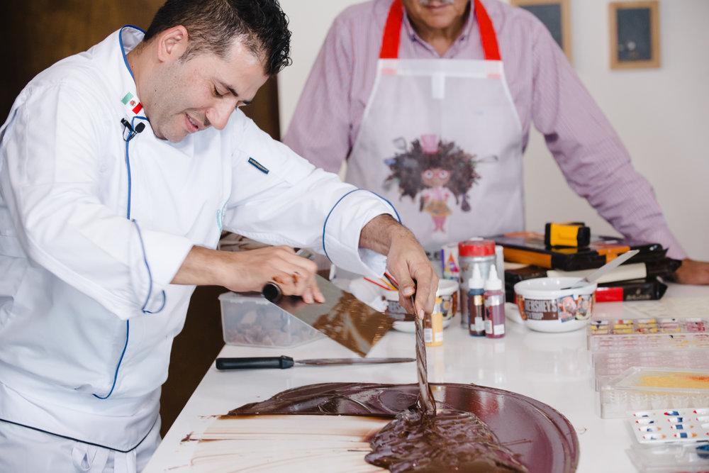 Cómo iniciar negocio de chocolates artesanales