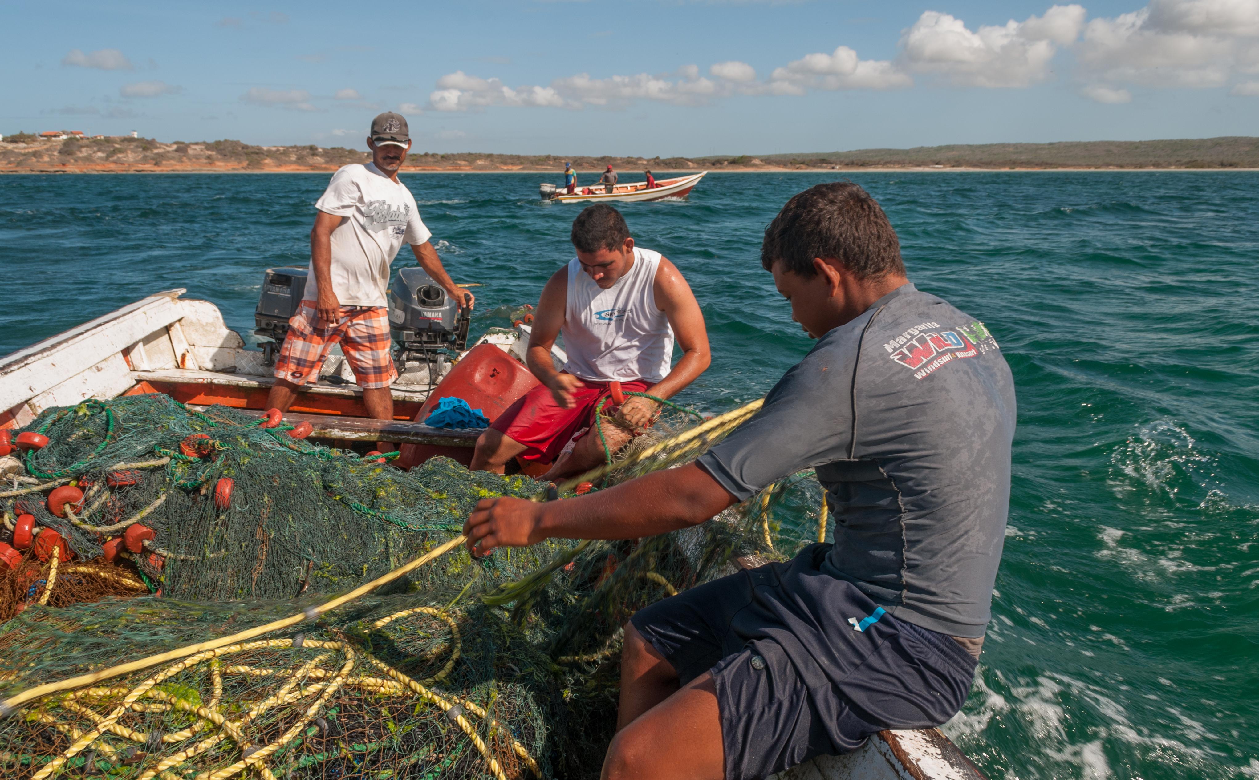 Produce fija nuevo derecho de pesca