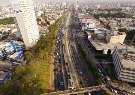 Economía peruana podría crecer menos