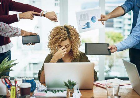 ¿Sabes cómo evitar el estrés laboral?