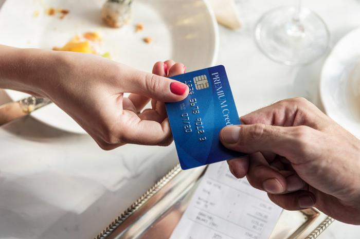 5 Razones para usar la tarjeta de débito