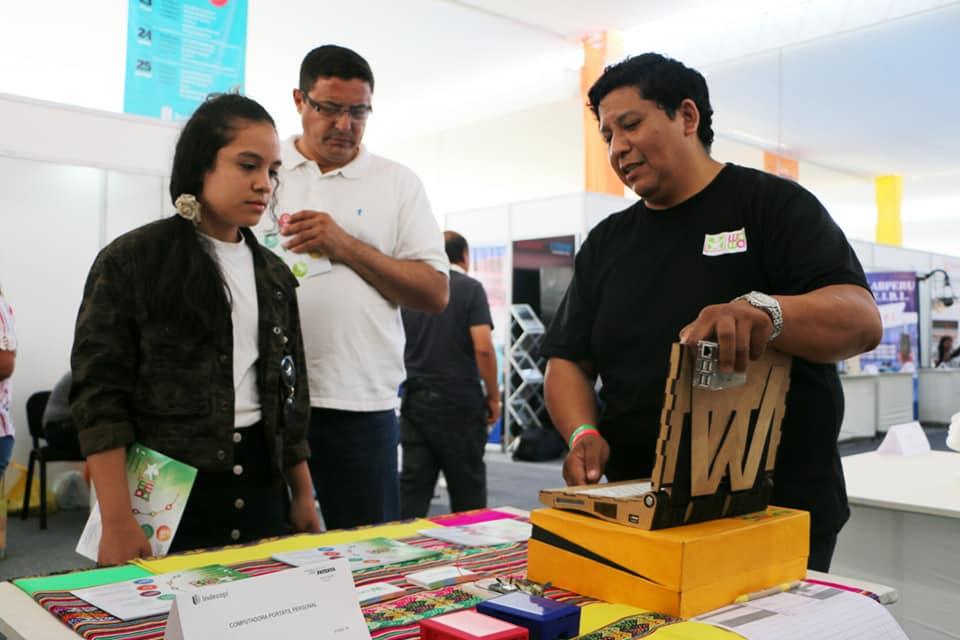 Conoce la primera laptop peruana ecológica