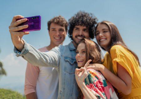 Motorola one macro ya está en el Perú