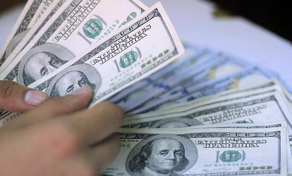 Dólar mantiene tendencia alcista