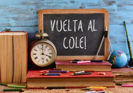 Campaña Escolar: Evita endeudarte demás