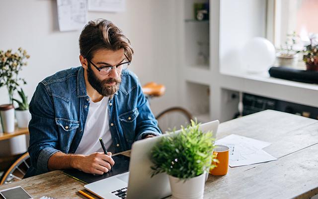 Tips para trabajar desde casa con éxito