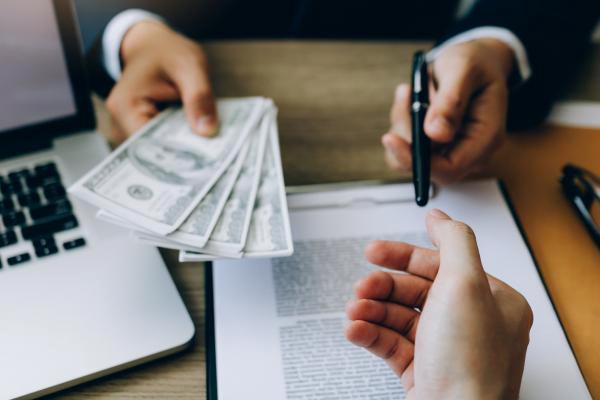 Carrusel de deudas: Claves para evitarlo
