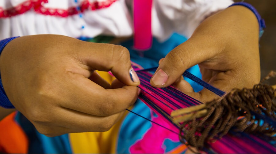 Turismo y Artesanía: Fondos para negocios
