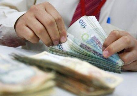 Gobierno evalúa impuesto a los que más ganan