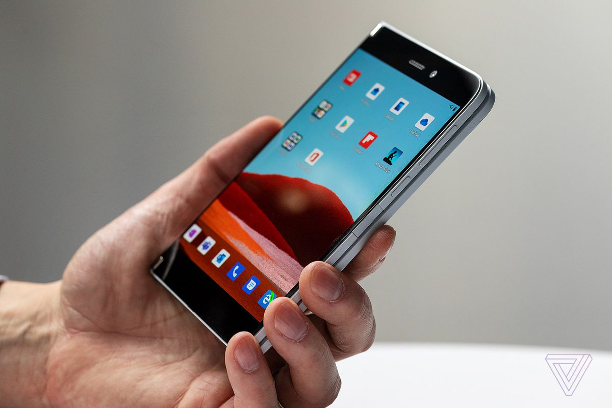 Microsoft lanza smartphone doble pantalla