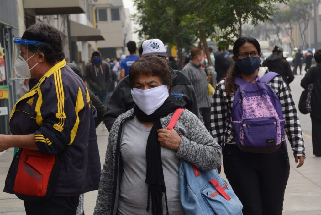 Colegio Médico evalúa cuarentena total por 15 días