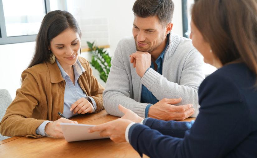 ¿Reprogramar o refinanciar una deuda?