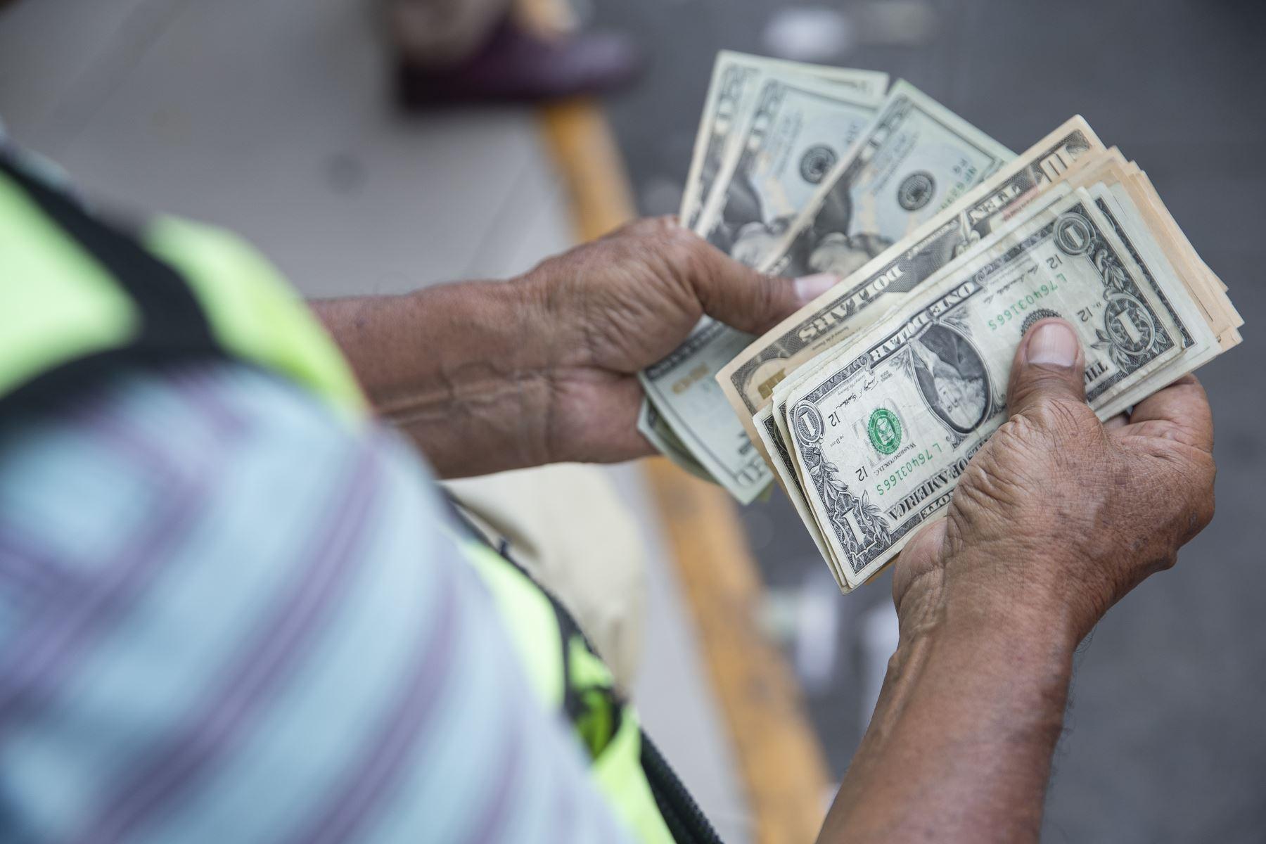 Crisis política: Economía caería más de -15%