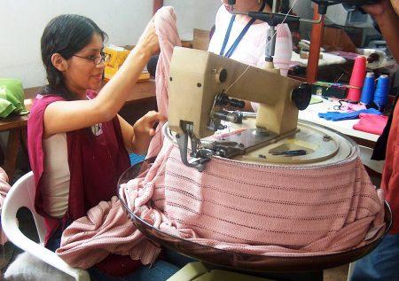 Textiles y confecciones siguen en caída
