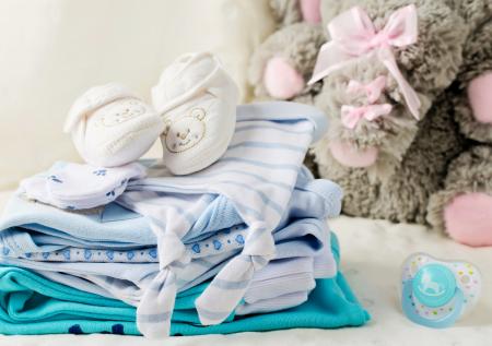 Crea una tienda online de ropa para bebés