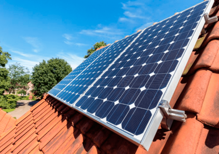 Mibanco promueve uso de energía solar