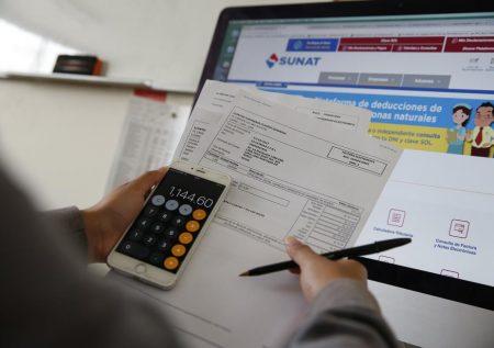 Covid-19: Postergan pago de Impuestos