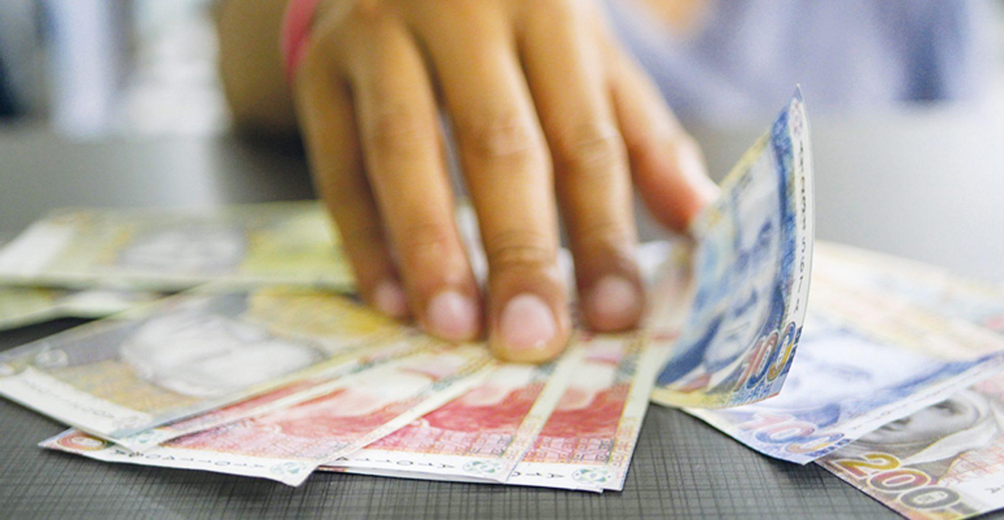 Créditos informales cuestan 800% anual