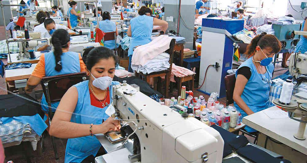SNI: Sector confecciones cayó -35.9%